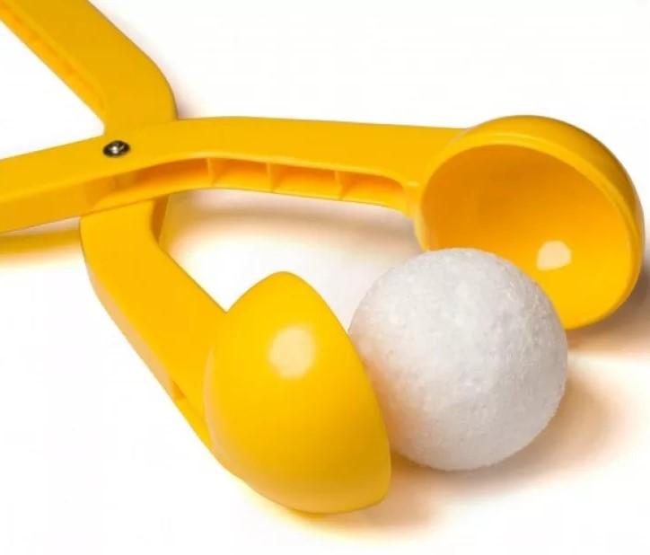 Инструмент для изготовления снежков